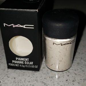 MAC pigment Universal Mix